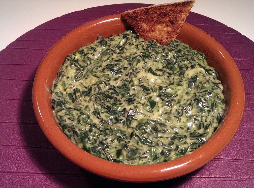 Espinacas a la crema con queso azul