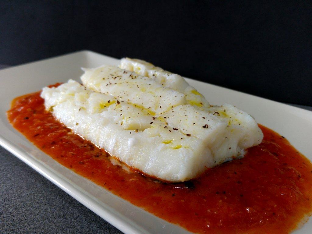 Bacalao con tomate confitado en varoma